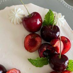 チェリーのネイキッドケーキ(季節のお菓子コース)